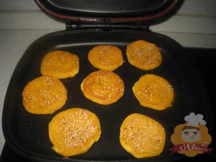 bánh bí đỏ ngon ngất ngây con gà tây 6