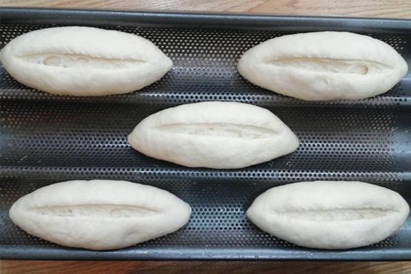 bánh mì đặc ruột hình 3