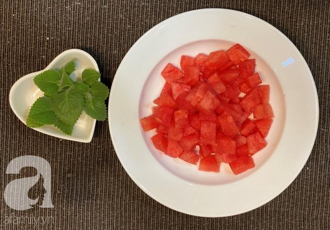 Thạch dưa hấu 2 lớp ngon đẹp bất ngờ cho mùa hè bớt nóng 3