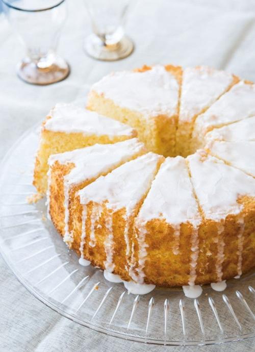 """""""Tìm điểm khác nhau"""" giữa High-fat cake và Foam cake"""
