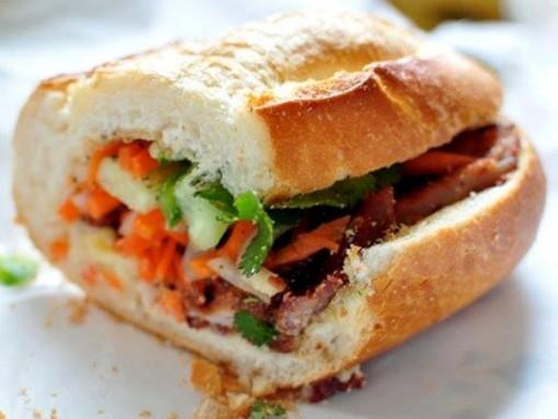 10 loại nhân bánh mì yêu thích của người Sài Gòn