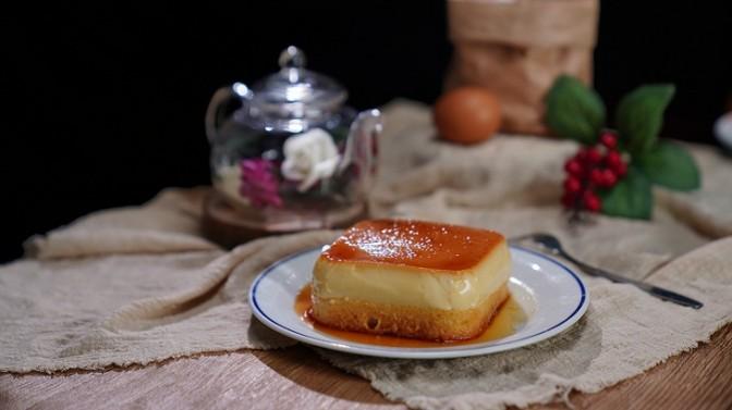 Cách làm bánh bông lan flan mềm mịn thơm ngon bằng lò nướng