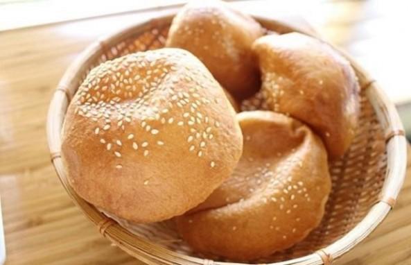 Cách Làm Bánh Tiêu Ngon Thay Đổi Khẩu Vị Cho Cả Nhà Vào Bữa Xế