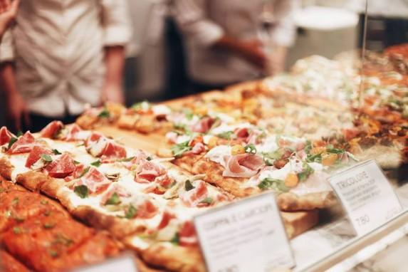 Các loại Pizza truyền thống hấp dẫn không thể bỏ qua!