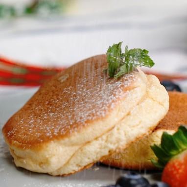 Chi tiết cách làm bánh bông lan Pháp không cần lò nướng thơm ngon như ngoài hàng