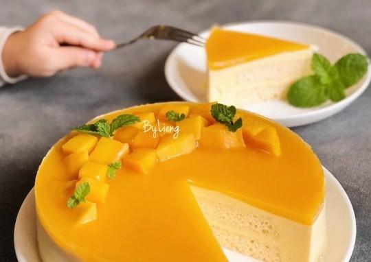 Không cần lò nướng cũng làm được bánh xoài ngon đẹp ngất ngây, ăn vào mát lạnh